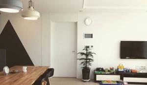 미사강변도시 신축아파트 인테리어 프로젝트: 사무소아홉칸의  거실