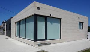 Casas modernas por Casas Cube