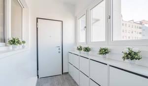 moderner Flur, Diele & Treppenhaus von Facile Ristrutturare