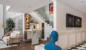 Departamento Polanco I: Pasillos y recibidores de estilo  por MAAD arquitectura y diseño