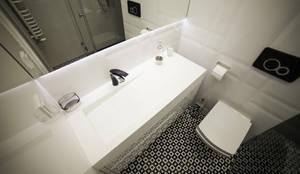 scandinavian Bathroom by LUXUM