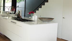 Cuisine de style de style Moderne par Hopmanhuis