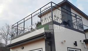 이동식 목조 주택 (모듈러 하우스) : 우영에코홈의  주택