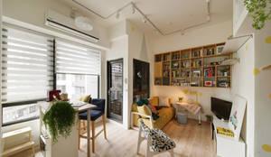 Salas de estilo escandinavo por 一葉藍朵設計家飾所 A Lentil Design