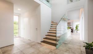 modern Corridor, hallway & stairs by Horst Steiner Innenarchitektur