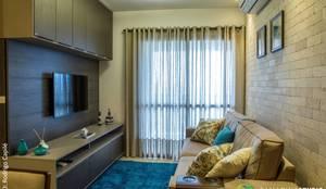 Sala integrada: Salas de estar rústicas por Camarina Studio