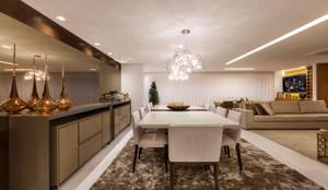Sala de estar e jantar: Salas de jantar modernas por Home projetos
