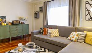 Sala de Estar e Jantar em Odivelas: Salas de estar tropicais por Sizz Design