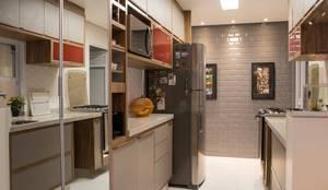 Cozinha: Cozinhas modernas por Fragmento Arquitetura