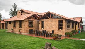 房子 by Ensamble de Arquitectura Integral