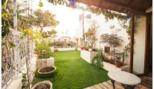 Rahaman's residence: eclectic Garden by Sandarbh