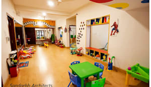 Wacky house:  Schools by Sandarbh