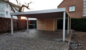 Garagentor mit tür modern  Carport-Schmiede GmbH + Co. KG: Doppelcarport mit Garagentor | homify