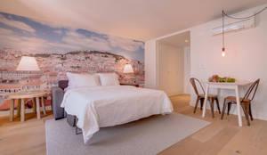 Apartamentos Salitre Lisboa - Apartments Salitre Lisbon: Quartos modernos por Ivo Santos Multimédia