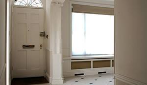 Entrance and Hall:  Corridor & hallway by Prestige Architects By Marco Braghiroli,