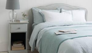 modern Bedroom by Loaf