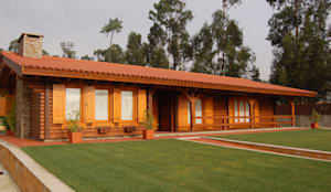 RUSTICASA | Casa unifamiliar | Vila Nova de Gaia: Casas de madeira  por Rusticasa