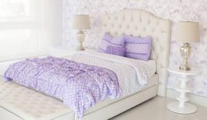 Habitación mariposas lilas: Habitaciones para niñas de estilo  por Monica Saravia