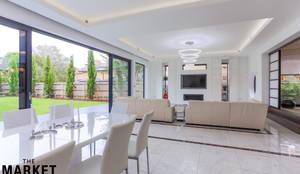 Teddington Extension And Refurbishment: modern Living room by The Market Design & Build