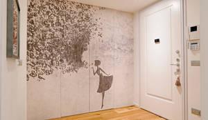 minimalistic Corridor, hallway & stairs by studio ferlazzo natoli