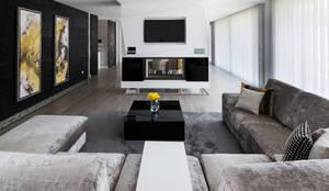 Sala de Estar: Salas de estar  por UNISSIMA Home Couture
