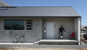 บ้านและที่อยู่อาศัย by 神成建築計画事務所