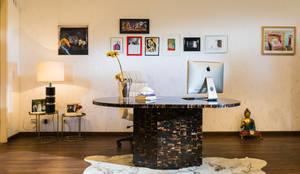 OFICINA BOSKO: Estudios y despachos de estilo  por Munera y Molina