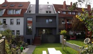 Single family home by PlanKopf Architektur
