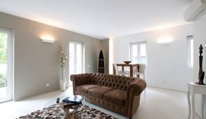 Pateo Lisbon Lounge: Paredes  por Richimi Factory