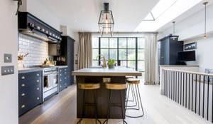 مطبخ تنفيذ GK Architects Ltd