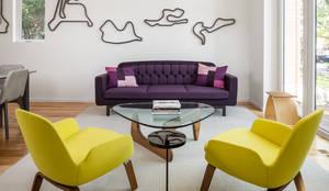 Avenue Road Residence: modern Living room by Flynn Architect