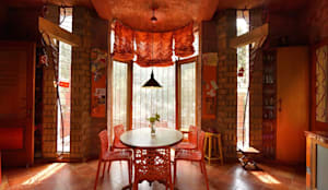Green House: eclectic Dining room by Tribuz Interiors Pvt. Ltd.