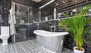 Richmond Showroom, TW9: modern Bathroom by BathroomsByDesign Retail Ltd