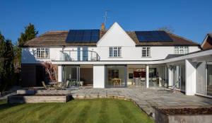 moderne Häuser von Model Projects Ltd
