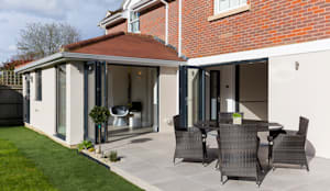 Thames Ditton House Refurbishment:  Detached home by Model Projects Ltd