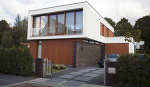 Villa Krakestee voorgevel:  Villa door Thijssen Verheijden Architecture & Management