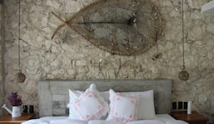 Villa Cherie: Recámaras de estilo rústico por CO-TA ARQUITECTURA