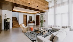 RT House: modern Living room by Living Innovations Design Unlimited, Inc.
