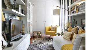 Гостиная в . Автор – RG Home Stylist