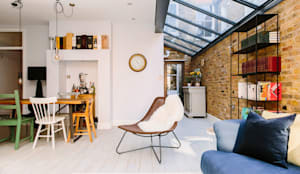 Open Living Space:  Living room by Resi Architects in London,