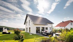 NEO 311 - Ein Zuhause wie eine Insel:  Fertighaus von FingerHaus GmbH - Bauunternehmen in Frankenberg (Eder)