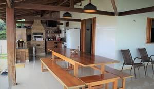 Churrasqueira: Casas do campo e fazendas  por Ativo Arquitetura e Consultoria