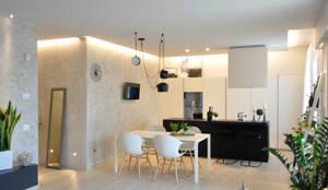 CASA VR: Cucina attrezzata in stile  di Bima Progetti