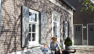 Binnenkijken in een landelijke woning: landelijke Huizen door Pure & Original