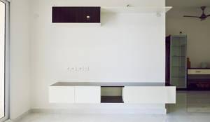 Apoorva Vijesh Aratt requiza: modern Living room by Designasm Studio