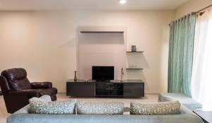 Keerthi residence: modern Media room by Designasm Studio