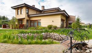 «Солнечная Резиденция», Дом в Румболово, 260 м.кв.: Tерраса в . Автор – Дизайн элитного жилья | Студия Дизайн-Холл