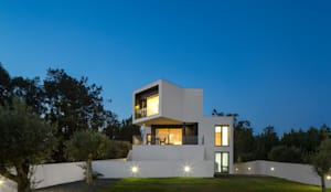 Casa Vale da Catarina 2: Moradias  por A2+ ARQUITECTOS