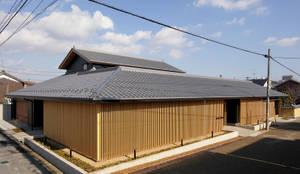 伊賀上野の家  外観: 株式会社 森本建築事務所が手掛けた木造住宅です。
