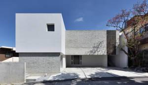 外観: 株式会社クレールアーキラボが手掛けた二世帯住宅です。